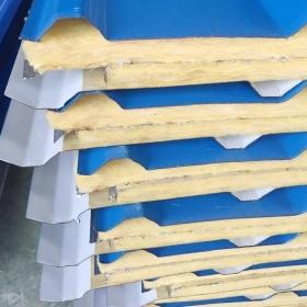 岩棉夹芯板接缝处密封胶不致密